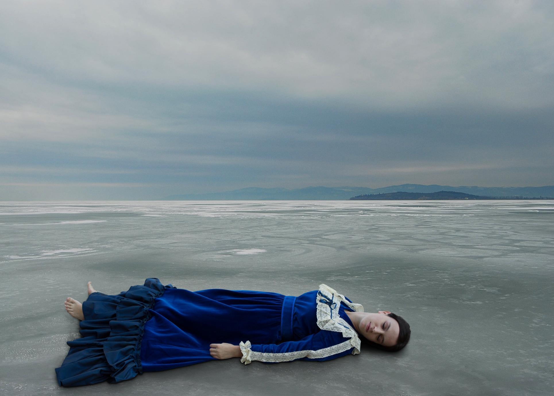 Anche io cresco dal fondo di un lago – colmo di pianto (Antonia Pozzi)